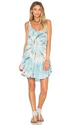Обегающее сверху и плиссированное от пояса платье - Blue Life