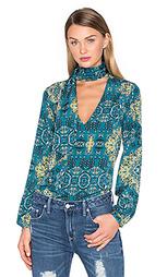 Блуза с завязкой на шее naomi - House of Harlow 1960