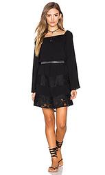 Крестьянское платье с открытыми плечами - BCBGeneration