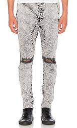 Узкие джинсы - Daniel Patrick