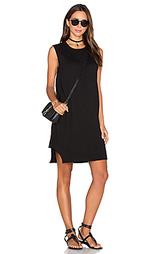 Цельнокройное платье с волнистым подолом - Wilt