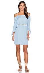 Цельнокройное платье с открытыми плечами - Ella Moss