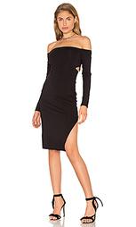 Облегающее платье с открытыми плечами - twenty