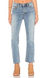 Укороченные джинсы far from any road - Free People