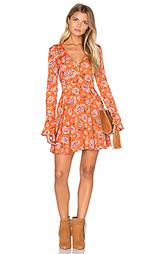 Цветочное платье с v-образным вырезом и длинным рукавом - J.O.A.