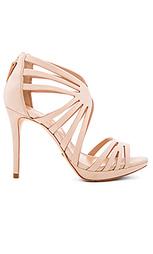 Туфли на каблуке yasmine - Schutz