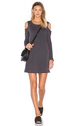 Классическое мини платье с вырезами на плечах - Splendid