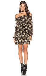 Платье с открытыми плечами emma - WAYF