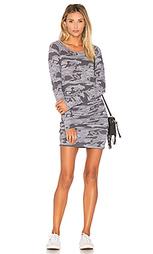 Камуфляжное спортивное платье - MONROW