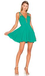 Приталенное и расклешенное платье let it happen - NBD