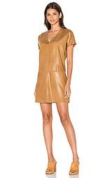 Цельнокроеное платье с карманом - YORK street