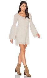 Обегающее сверху и плиссированное от пояса платье juliet - Free People