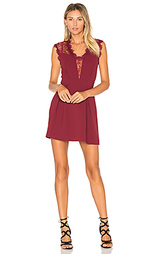 Облегающее платье с плиссированной юбкой - BCBGeneration