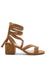 Туфли на каблуке amor - Tony Bianco