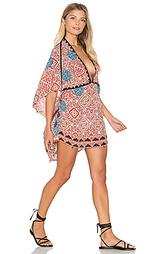 Платье в восточном стиле с глубоким v-образным вырезом - HEMANT AND NANDITA