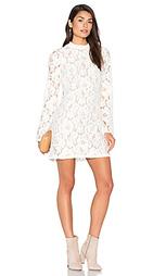 Кружевное платье belvue - WAYF