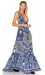Ярусная платье со сборками и v-образным вырезом - Camilla