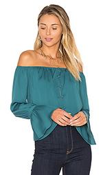 Блуза с открытыми плечами - LAcademie