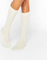 Johnstons of Elgin Cream Cashmere Long Cable Sock - Кремовый