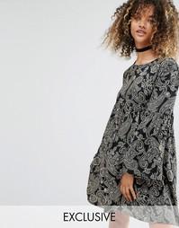 Свободное черное платье в винтажном стиле с принтом пейсли Milk It - Черный