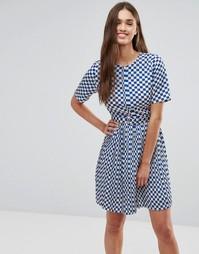 Короткое приталенное платье в крупную клетку Darling - Синий