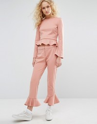 Укороченные брюки с рюшами по низу I Love Friday Co-Ord - Розовый