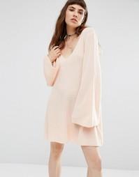 Свободное вязаное платье Rokoko - Розовый