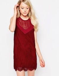 Цельнокройное платье с кружевной отделкой Jovonna Rogers - Красный