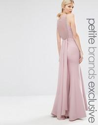 Платье макси с кружевной спинкой и шлейфом Little Mistress Petite - Розовый
