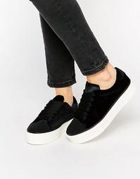 Кроссовки с эффектом металлик на платформе Miss KG - Черный