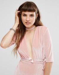 Ожерелье с кисточками Johnny Loves Rosie - Розовый