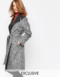 Серое пальто с контрастным oversize-воротником Helene Berman - Серый