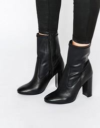 Полусапожки на каблуке с эффектом носков Faith - Черный
