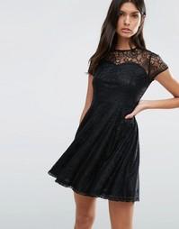 Кружевное короткое приталенное платье Madam Rage - Черный