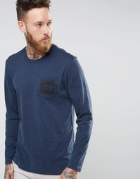 Темно-синяя футболка с принтом логотипа на кармане The North Face - Темно-синий