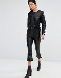 Расклешенные брюки из искусственной кожи Neon Rose - Черный