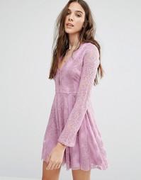 Кружевное короткое приталенное платье Honey Punch - Фиолетовый