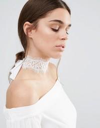 Кремовое кружевное ожерелье-чокер с завязкой Johnny Loves Rosie - Кремовый