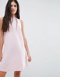 Цельнокройное платье с высокой горловиной Pixie & Diamond - Розовый