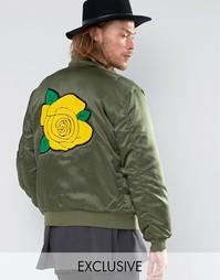 Атласная куртка-пилот с нашивкой в виде розы на спине Reclaimed Vintage MA1 - Зеленый