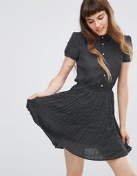 Короткое приталенное платье с пуговицами QED London - Черный