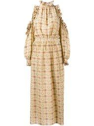 платье с оборками и открытыми плечами Tata Naka