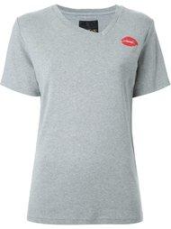 футболка с принтом губ DressCamp