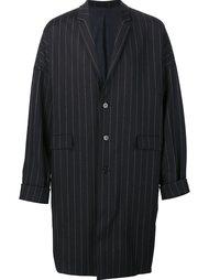 пальто в тонкую полоску 'Cocoon' Juun.J