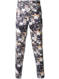 брюки с принтом роз DressCamp