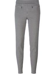 брюки с узором в ломаную клетку Emporio Armani