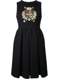 платье с вышивкой в виде герба DressCamp