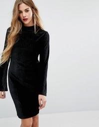 Бархатное облегающее платье с высокой горловиной First & I - Черный