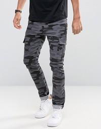 Черные супероблегающие джинсы с камуфляжным принтом и карманами карго ASOS - Черный