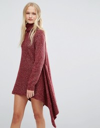 Платье-джемпер с высоким воротом QED London - Красный